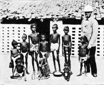 Famished children taken into care by missionaries in Indian town of Jabalpur C. P. 1897. Source: Wikimedia Commons.